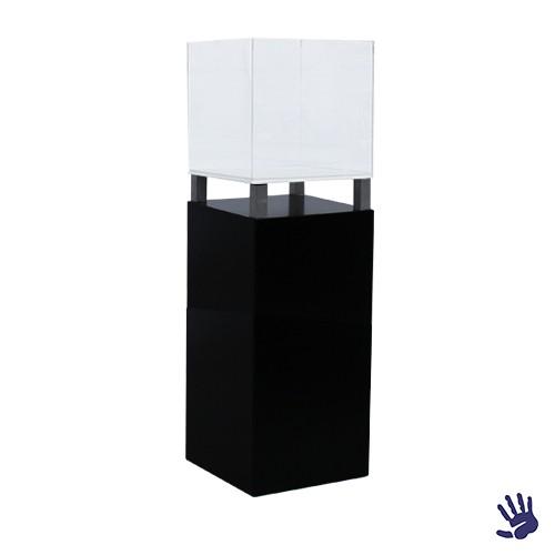Black Velvet sokkel, met plexiglas kubus lxbxh 45x45x155 cm.