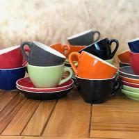 Cappuccino kop en schotel, diverse kleuren